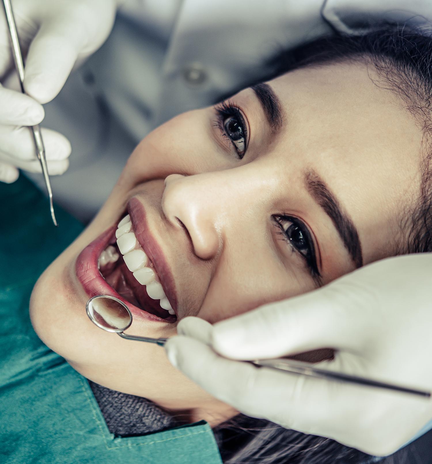 Le Cabinet dentaire Kim Tran de Ville-d'Avray vous propose une prise en charge globale et professionnelle de votre santé bucco-dentaire